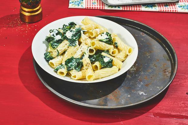 Wochenmarkt Pasta mit Ricotta und Spinat