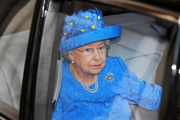 Gesellschaftskritik: Queen Elizabeth II
