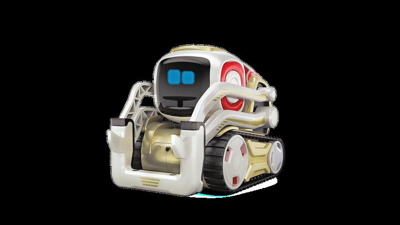 Unter Strom: Mirko Borsche testet einen Spielzeugroboter