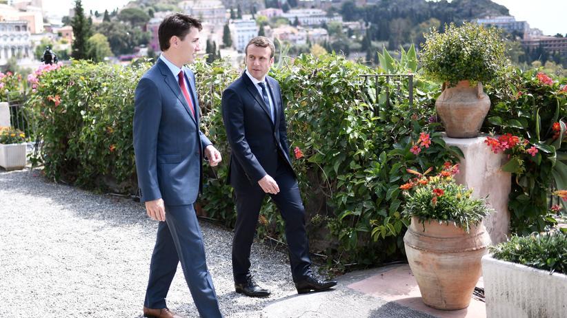 Politikerfotos: Gipfel der Liebe