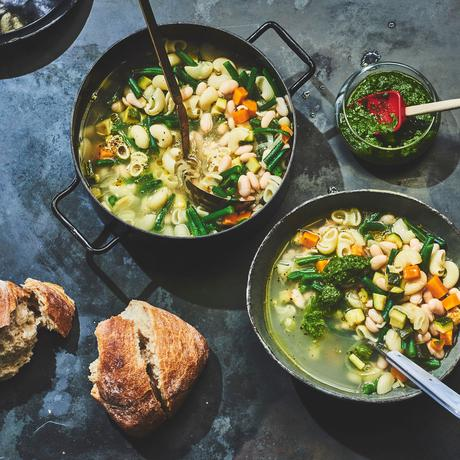 Soupe au Pistou (südfranzösische Gemüsesuppe)