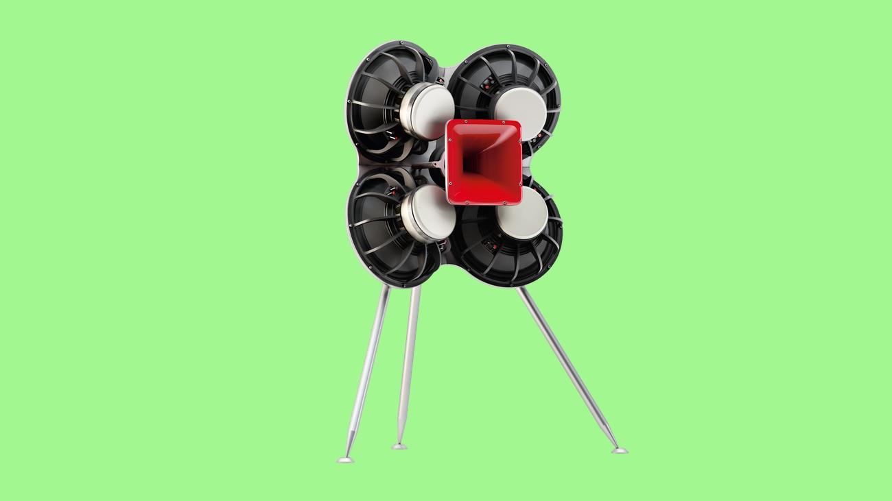 lautsprecherboxen mirko borsche empf ngt im b ro besuch. Black Bedroom Furniture Sets. Home Design Ideas