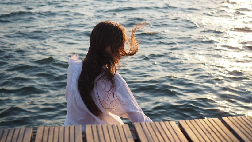 Die großen Fragen der Liebe: Soll sie mit ihm aufs Meer hinausschwimmen?