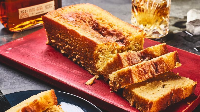 Apfel-Whiskey-Kuchen: Kuchen auf ex