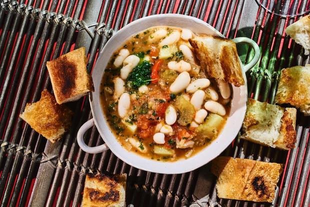 Ribollita: Eine toskanische Suppe gegen die Kälte