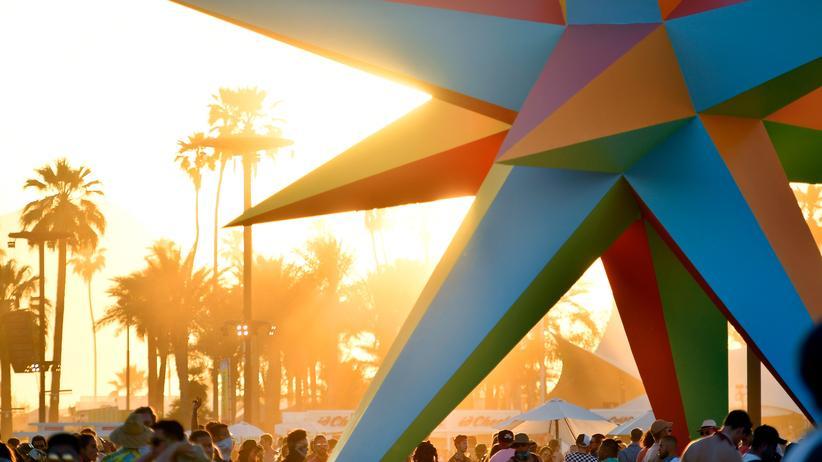 Toni Garrn: Wüste Zeiten