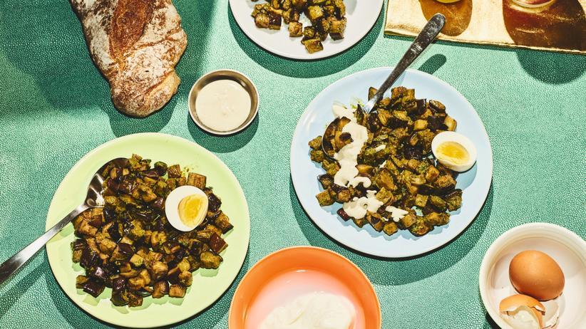 Auberginensalat: Ein Salat, der was kann