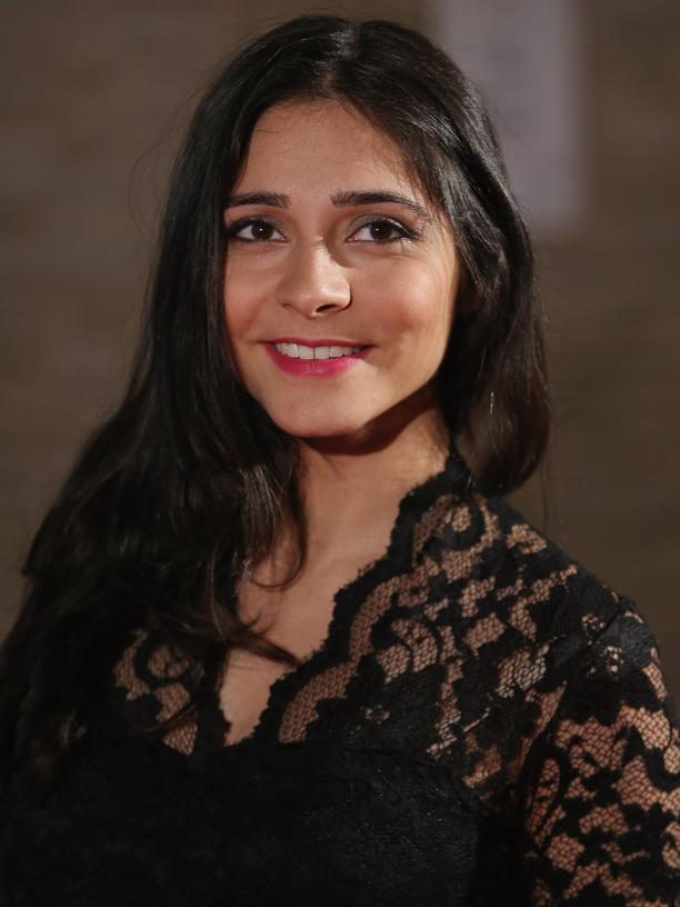 Pegah Ferydoni: Die Schauspielerin Pegah Ferydoni wäre als Teenager beinahe Popsängerin geworden. Dann geschah etwas Unerwartetes.