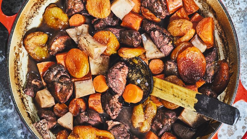 Rehragout mit Aprikosen: Schmeckt wie Adventssingen