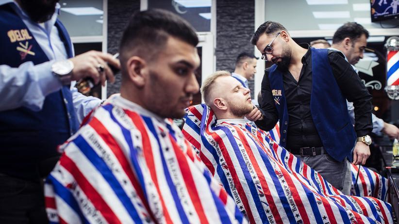 Arabischer Friseur: Integration beginnt am Kopf