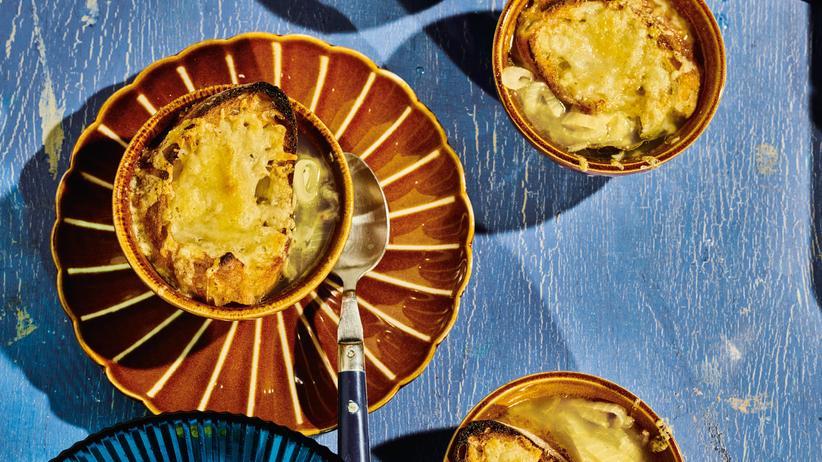 Toskanische Zwiebelsuppe: Die Suppe mit dem großen Vorteil