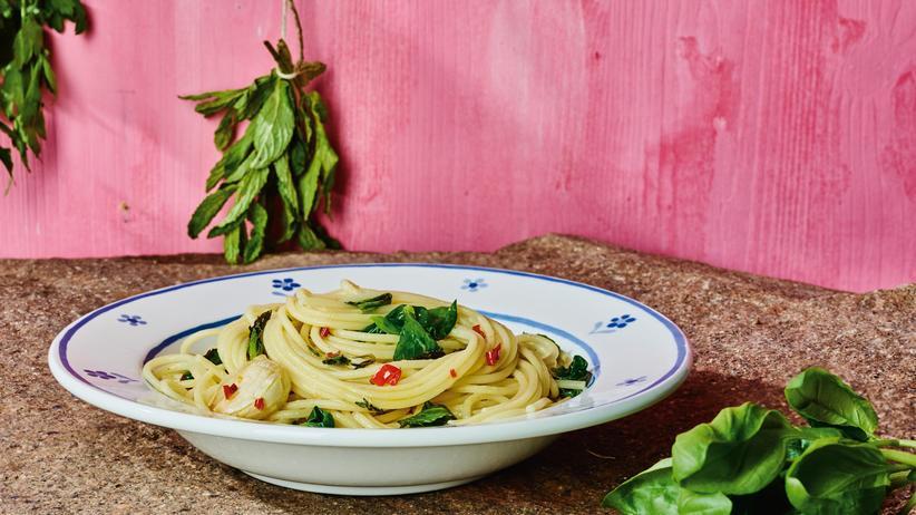 Spaghetti mit Kräutern: Pasta mit einem Hauch von Nichts