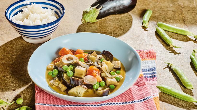 Süßsaure Auberginen: Ein Curry für das Fernweh