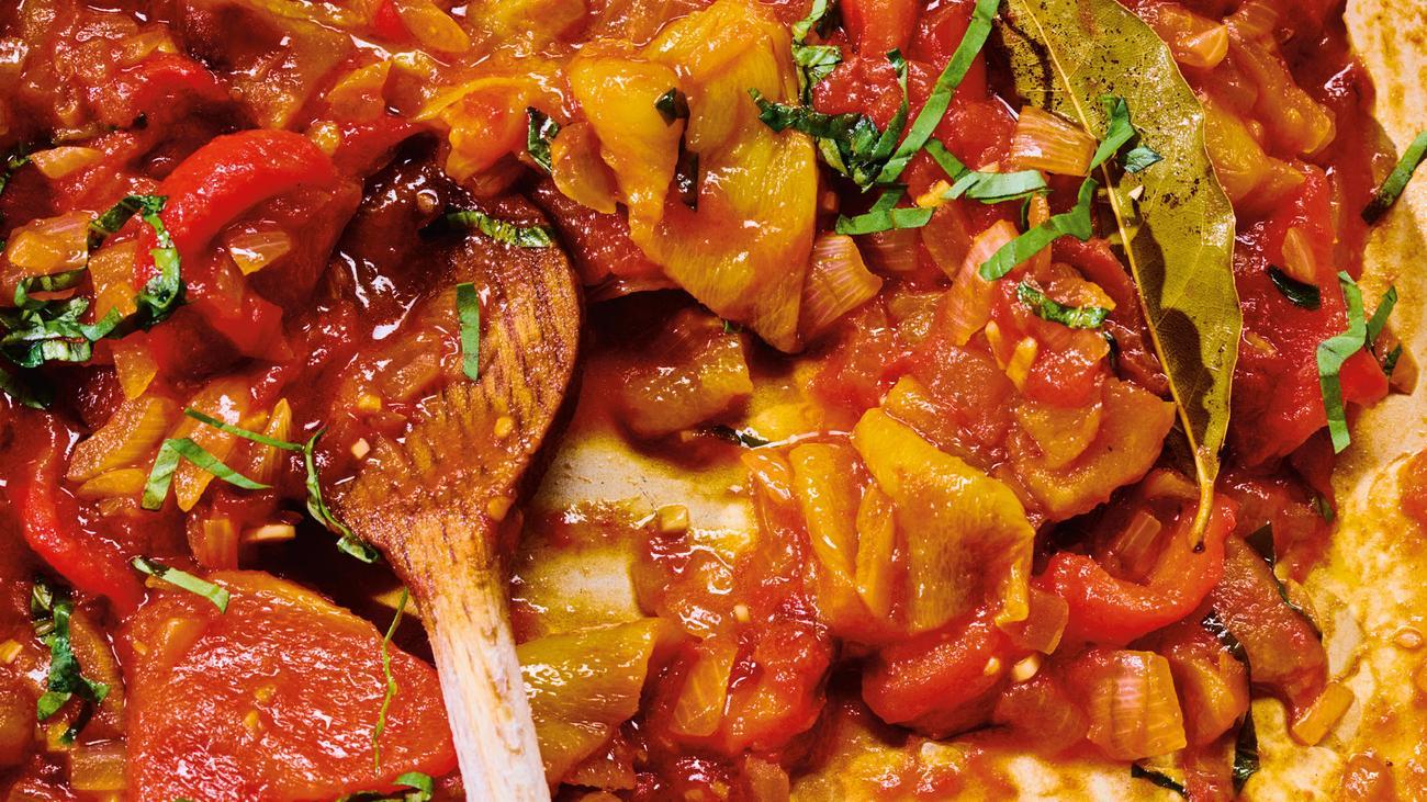 Geschmorte Paprika: Peperonata, süß und sauer