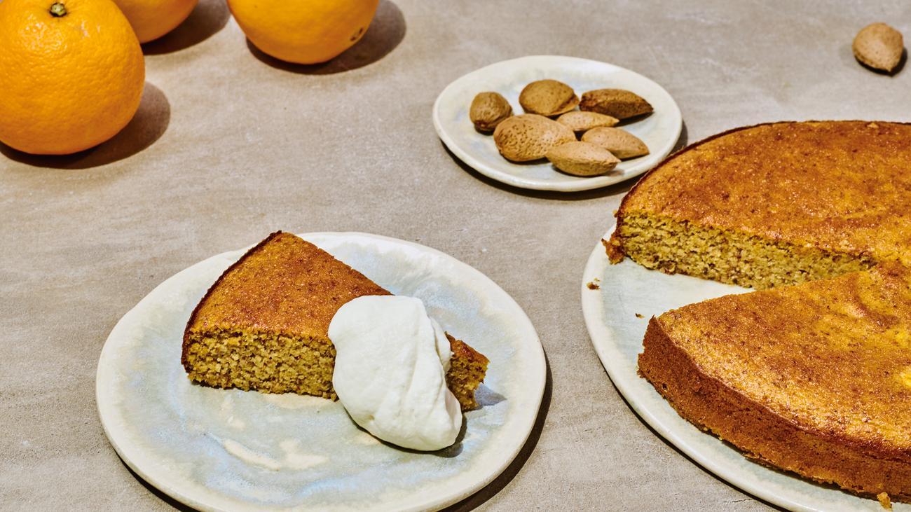 Mandel-Orangen-Kuchen: Kuchen mit ganzen Orangen