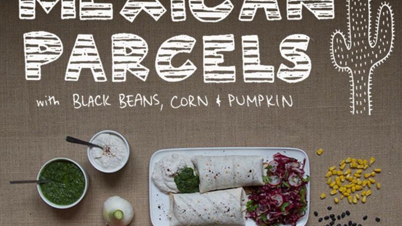 Mexikanische Tortilla-Taschen mit Bohnen-Kürbis-Füllung und scharfem Coleslaw-Salat
