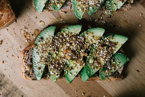 Sonntagsessen: Avocado-Toast mit Dukkah