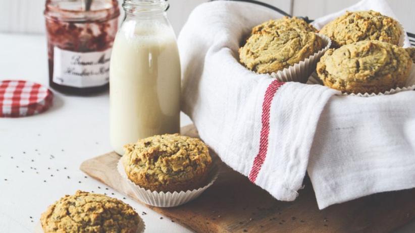 Zitronen-Muffins mit Chia und Kokosmehl
