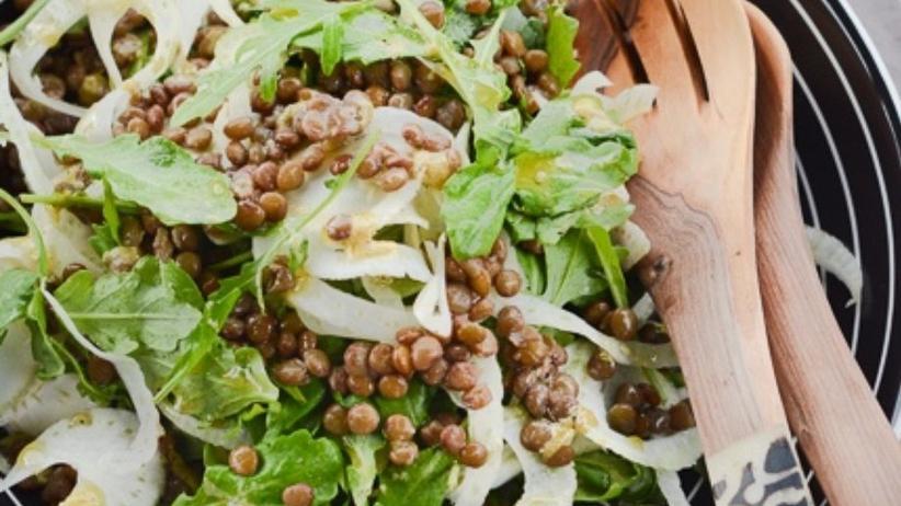 Rucola-Fenchel-Salat mit Linsen