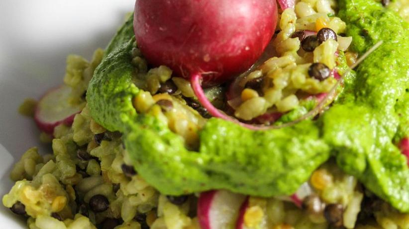 Risotto mit Pesto aus dem Radieschengrün