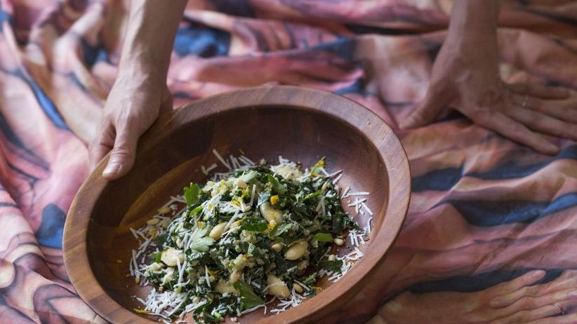 Bohnen-Grünkohl-Salat mit Pecorino