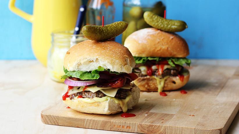 Sexy Bacon-Cheese-Burger mit Spezialsauce