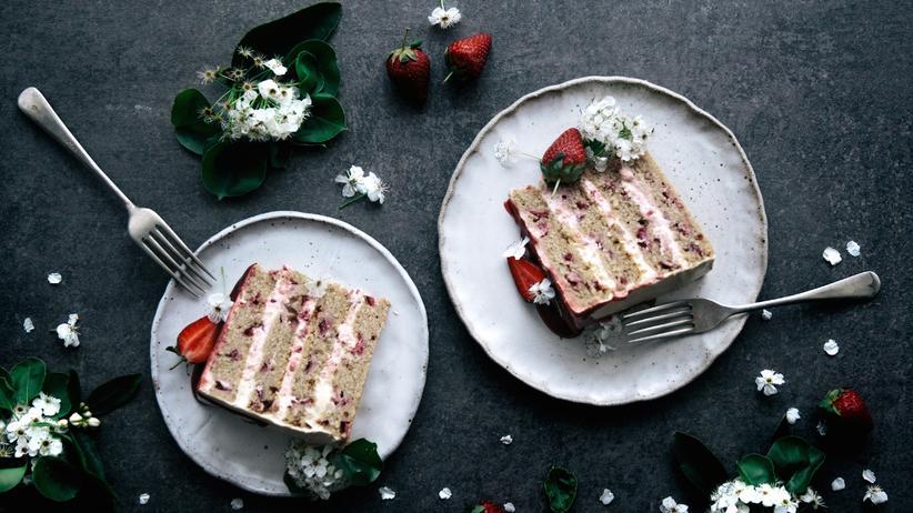 Erdbeer-Vanille-Schichtkuchen