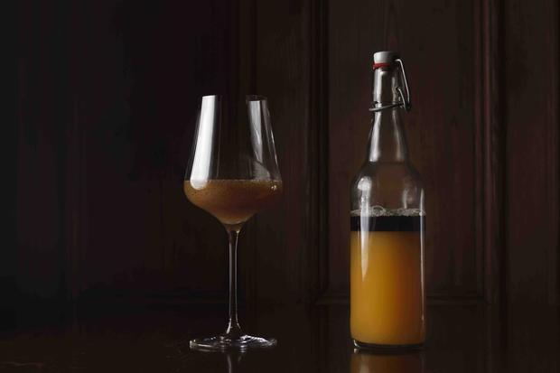 Gelbe-Bete-Saft mit Kürbiskernöl