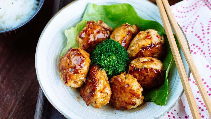 Japanische Küche: Teriyaki Hühnerbällchen