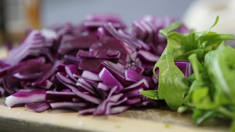 Gemüse-Bowl mit Falafel