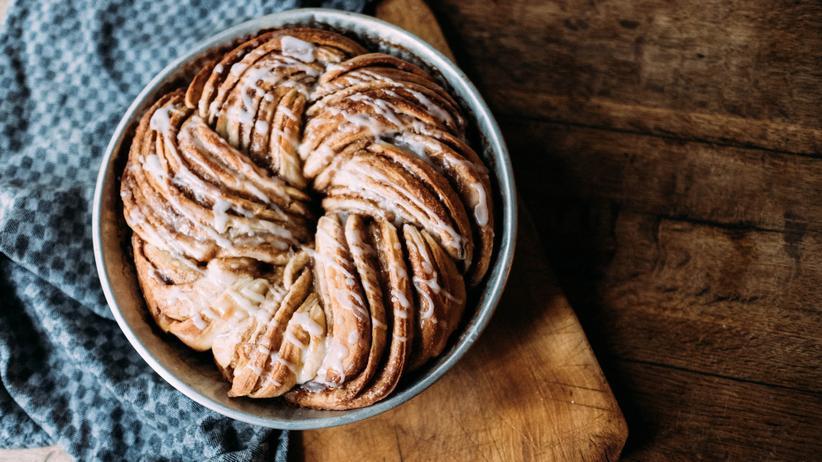 Den Zimtkranz isst man am besten noch warm, frisch aus dem Ofen.