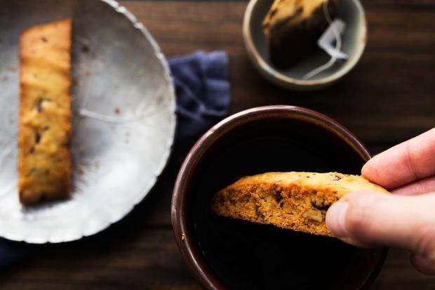 Sauerteigbrot: Rosmarin-Schokoladen-Biscotti