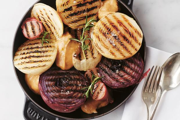 Winterrezepte: Schon mal Pilze gepökelt? Oder Pastinakenhummus gegessen? In diesen Rezepten spielt Gemüse die Hauptrolle – und zwar immer mit ein bisschen Rock 'n' Roll in der Küche.