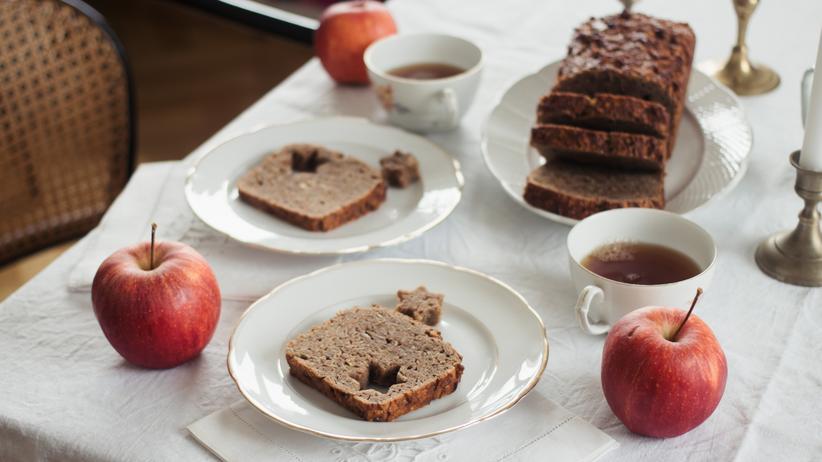 Apfel-Gewürzbrot: Warten auf den Apfelmann