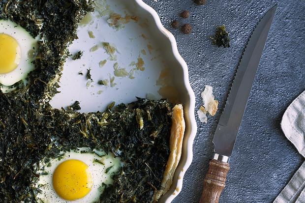 Grünkohltarte mit Eiern und Kümmel: Grünkohltarte mit Eiern und Kümmel