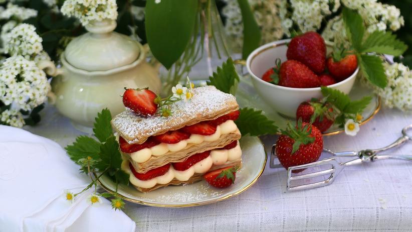 Erdbeer-Millefeuilles: Da ist die Erdbeere ganz aus dem Häuschen