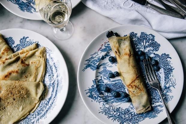 Norwegische Pfannkuchen sollen dünn wie Papier sein.