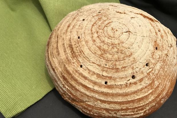 Roggen, Dinkel, Weizen: In diesem Brot stecken drei Sorten Mehl.