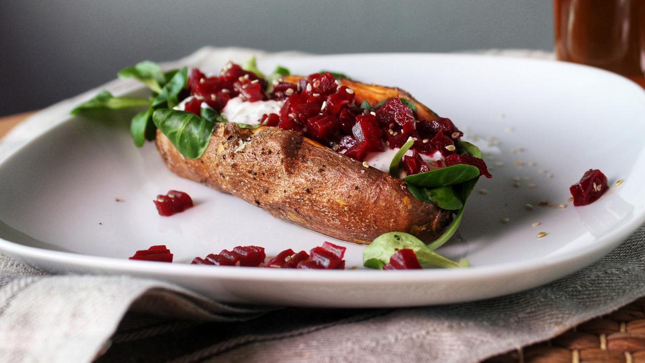 Süßkartoffeln mit Quark und Roter Bete: Der wahre Erdapfel