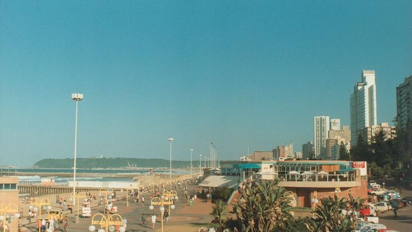 Durbans Stranpromenade vor zwanzig Jahren: Irgendetwas war anders – aber was?