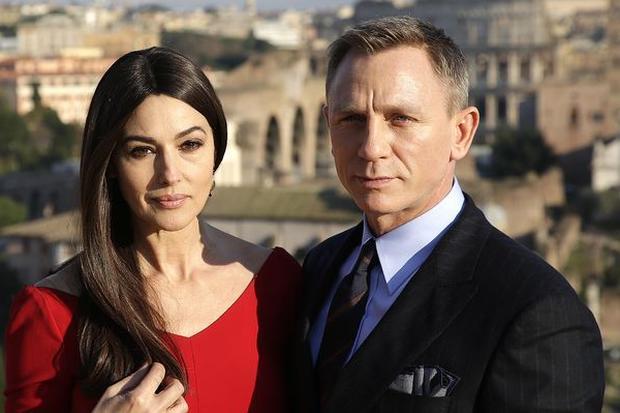 Gesellschaftskritik: Monice Belluci, James Bond, Sam Mendes, Film, Geheimagent, Geheimdienst