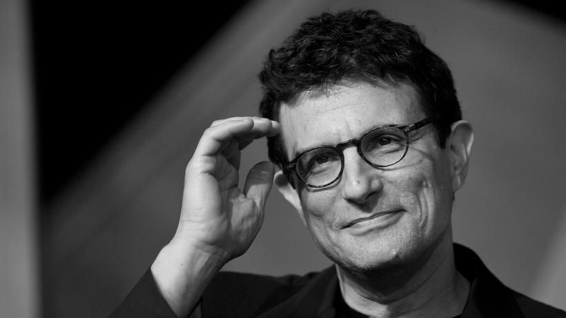 David Remnick: HAY-ON-WYE, UNITED KINGDOM - JUNE 05: Editor of the New Yorker David Remnick looks while on stage at The Hay Festival on June 5, 2010 in Hay-on-Wye, Wales. (Photo by David Levenson/Getty Images)