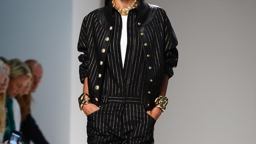 Nadelstreifen-Anzug aus der Sommerkollektion 2014 von Balmain