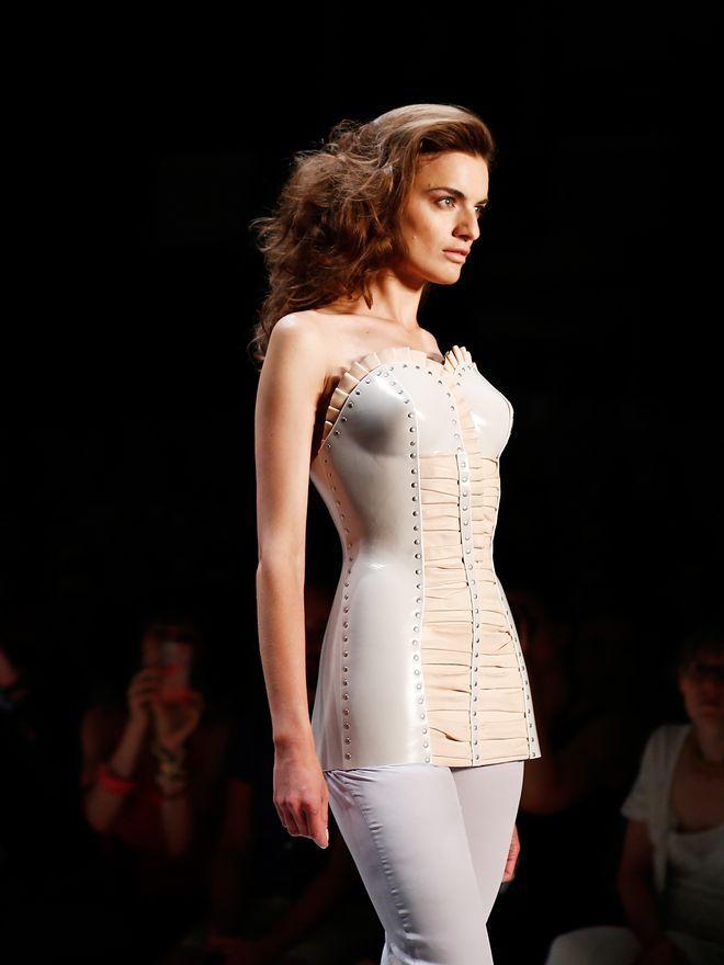 Berlin Fashion Week : Die Kunst des richtigen Stützapparats