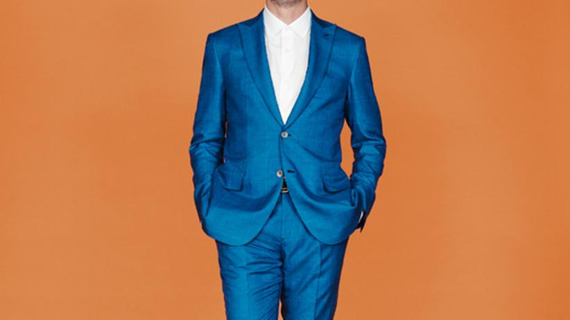 Männermode: Violett, Türkis, Neon – kann man das tragen?