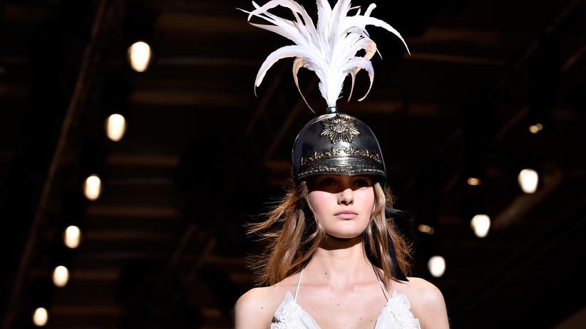 Paris Fashion Week: Komm mal runter