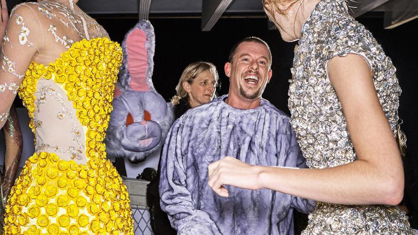 Alexander McQueen: Der Schreck des Establishments