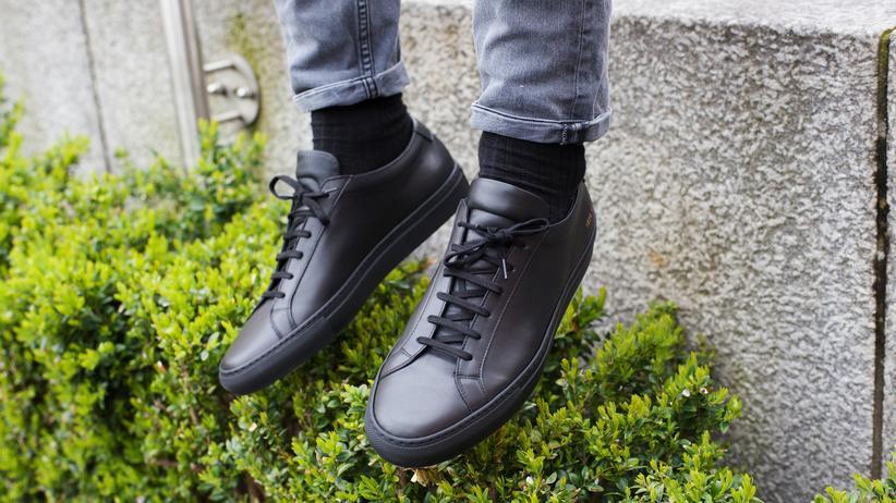 Sneakers: Der Achilles low black von Common Projects ist die Luxusvariante des Adidas Stan Smith.