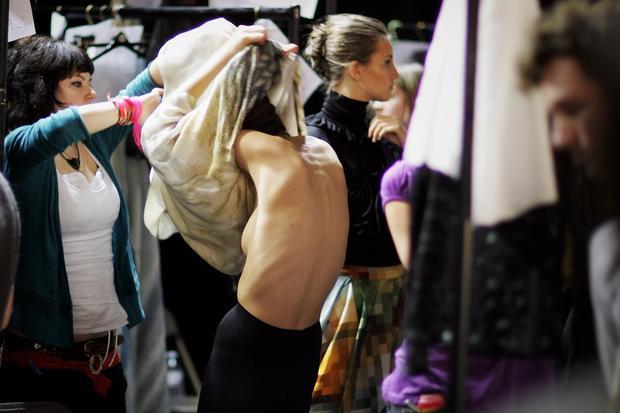 Magermodels: Viel hat sich nicht geändert in den vergangenen zehn Jahren, seit dieses unterernährte Model auf der London Fashion Week für Aufsehen sorgte.
