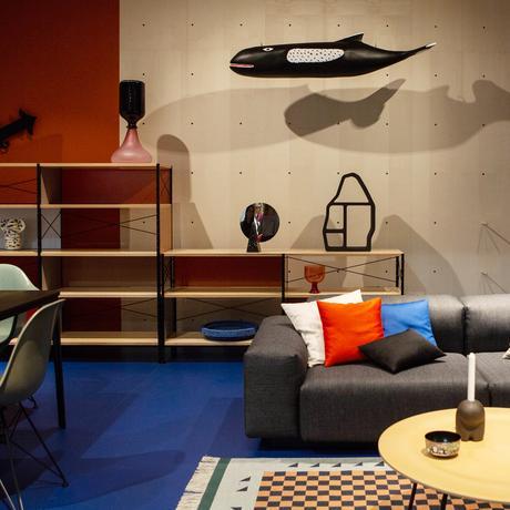Mailänder Möbelmesse: Irgendwo zwischen Kommandozentrale und Schrebergartenlaube
